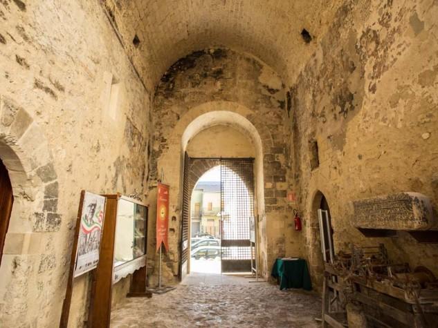 Castello di Chiaramonte 1