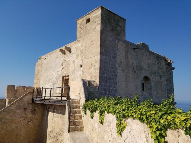 Castello Monte Sant'Angelo28