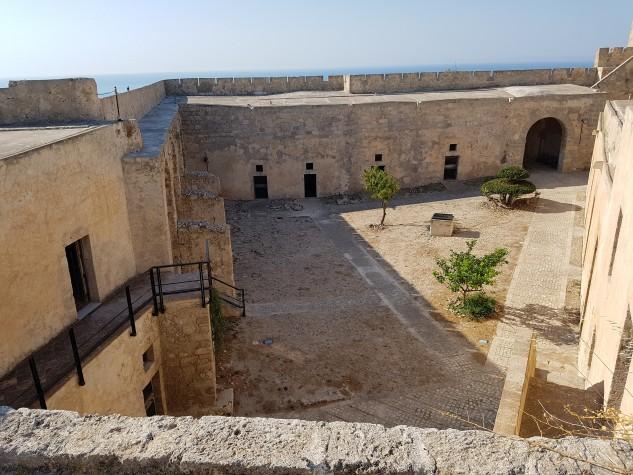 Castello Monte Sant'Angelo31