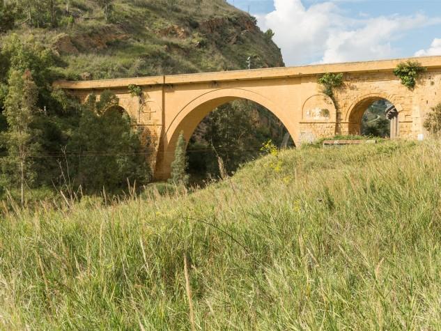 Riserva naturale orientata Monte Capodarso (14)