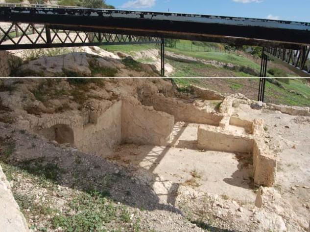Area archeologica di Monte Sant'Angelo2