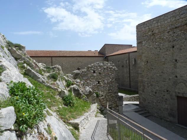 Castello di Montalbano Elicona (10)