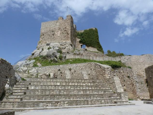 Castello di Montalbano Elicona (2)